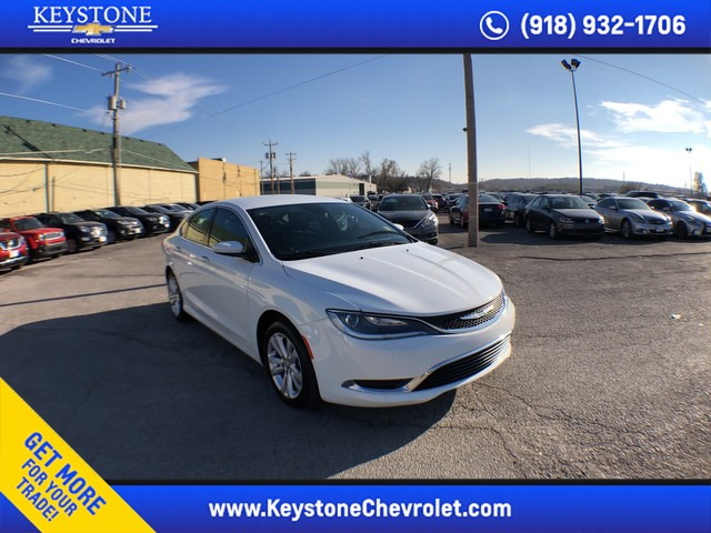 Pre Owned 2017 Chrysler 200 Limited Platinum