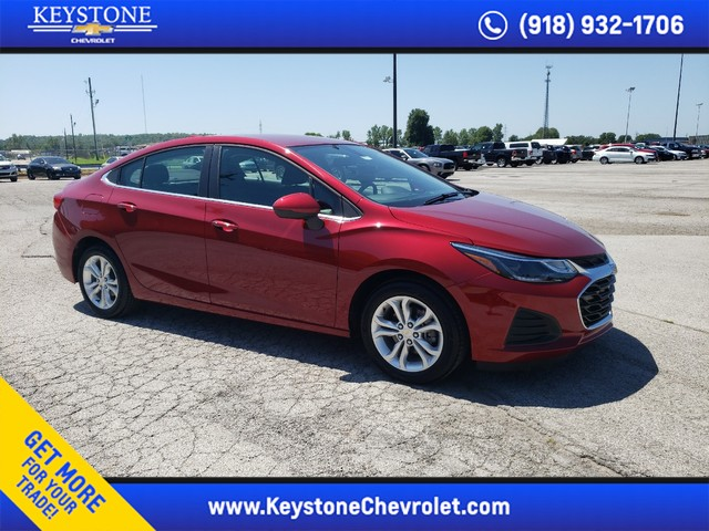 New 2019 Chevrolet Cruze LT Front Wheel Drive 4dr Car
