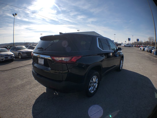 Pre-Owned 2020 Chevrolet Traverse LS
