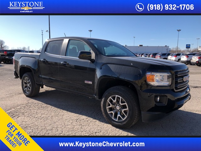 Pre-Owned 2018 GMC Canyon 4WD All Terrain w/Cloth