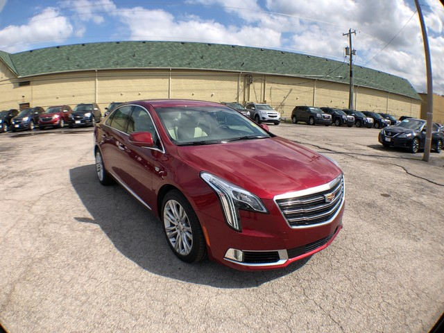 Pre Owned 2018 Cadillac Xts Luxury Sedan In Sand Springs 78489