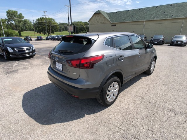 Pre-Owned 2017 Nissan Rogue Sport S